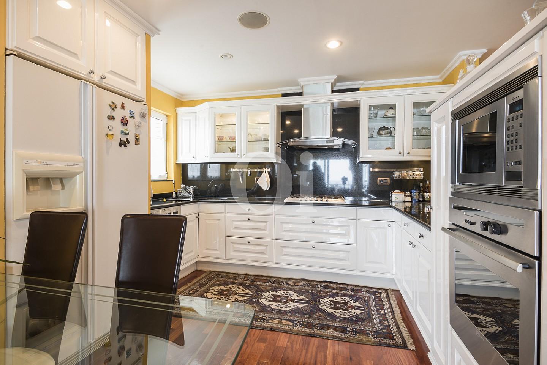 Estupenda cocina espaciosa completamente equipada