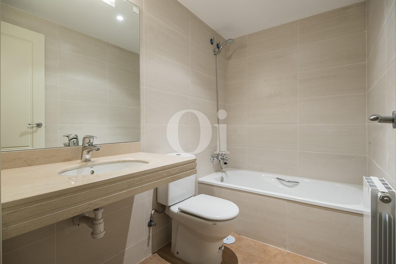 Ванная комната дома на продажу в Сант Висенс де Монтальт