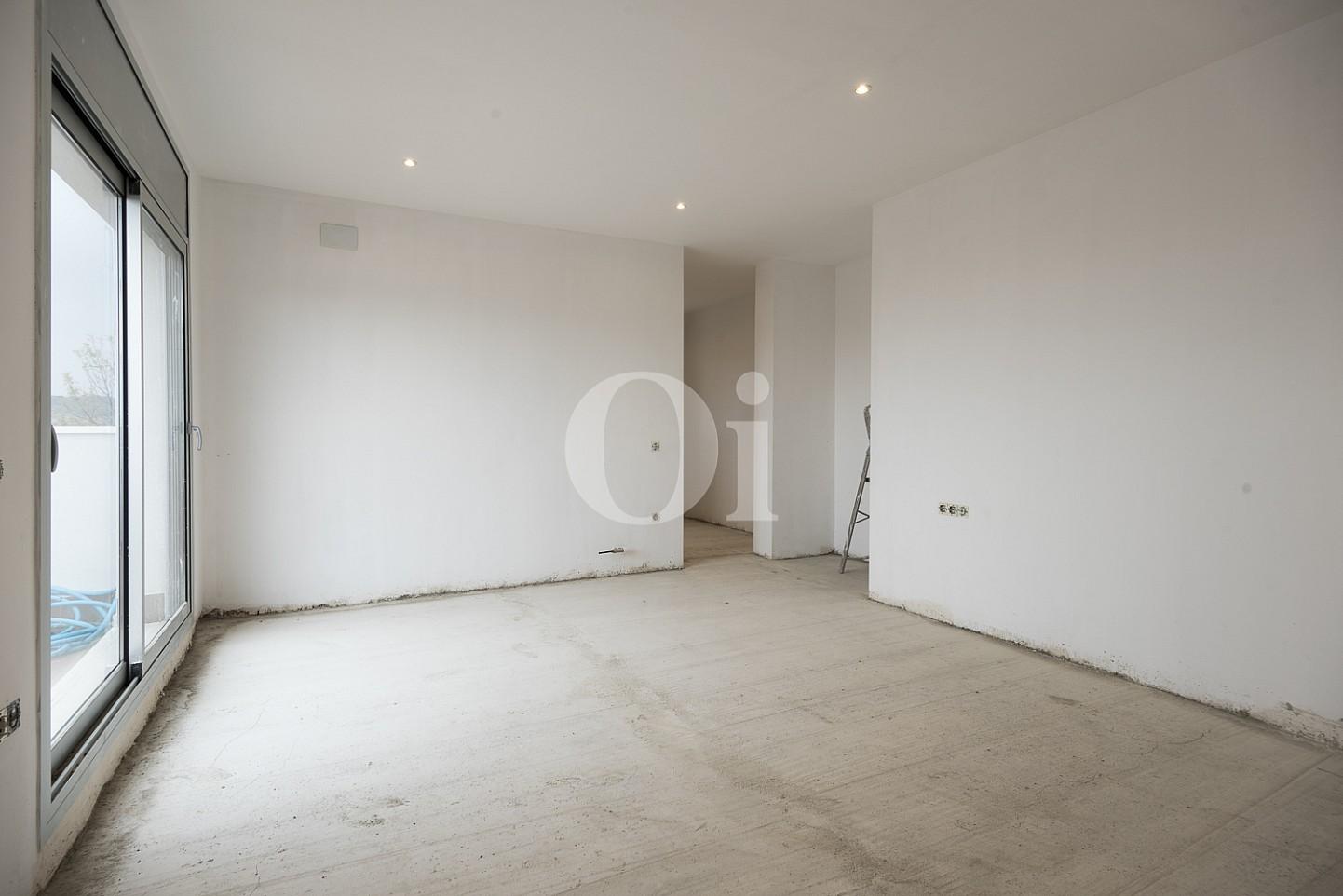 Светлая спальня дома на продажу в Тейя