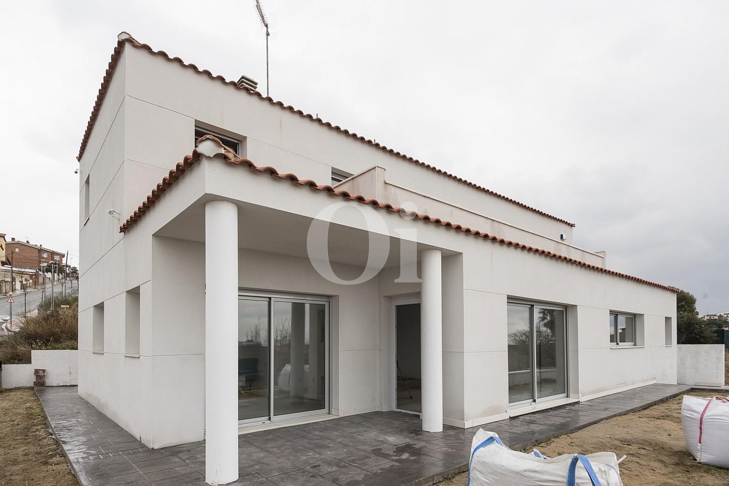 Внешний облик дома на продажу в Тейя