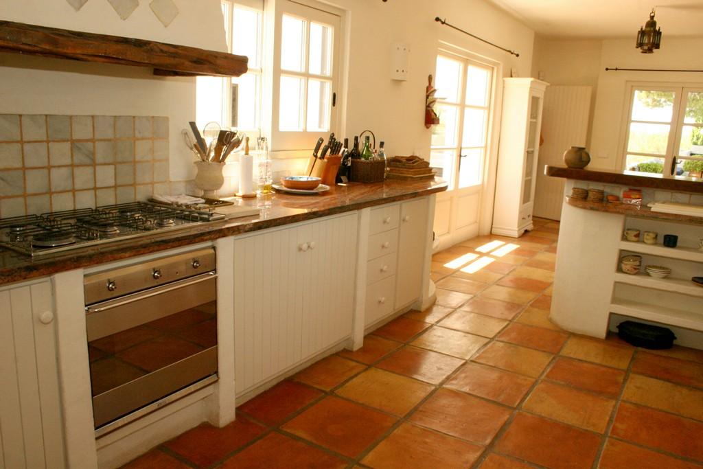 Отдельная кухня виллы в аренду в Сан Рафаэль