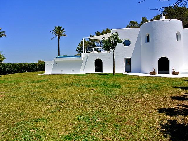 Внешний облик виллы в аренду в Сан Хосе