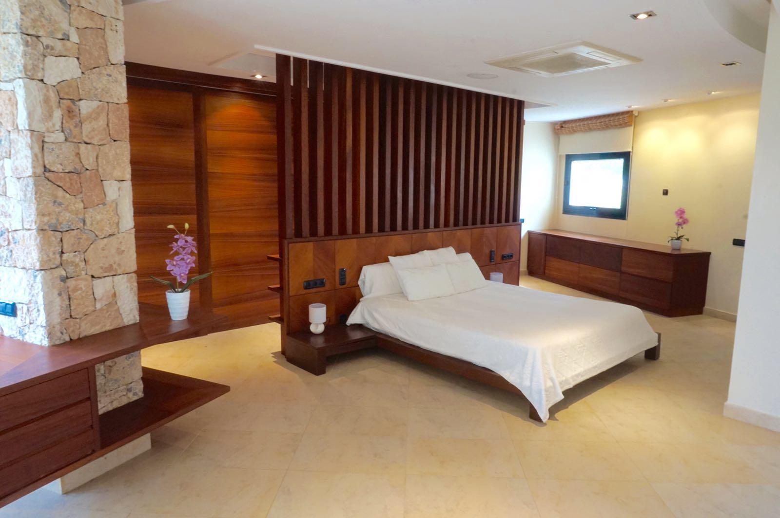 Шикарная спальня виллы в аренду в Сан Агустин