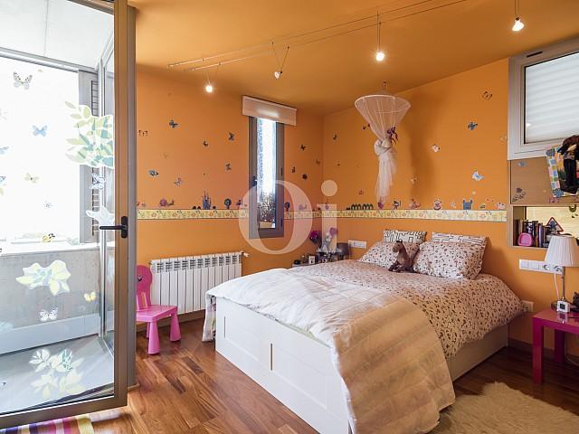 Шикарная спальня дома в Кальдес дЭстрак