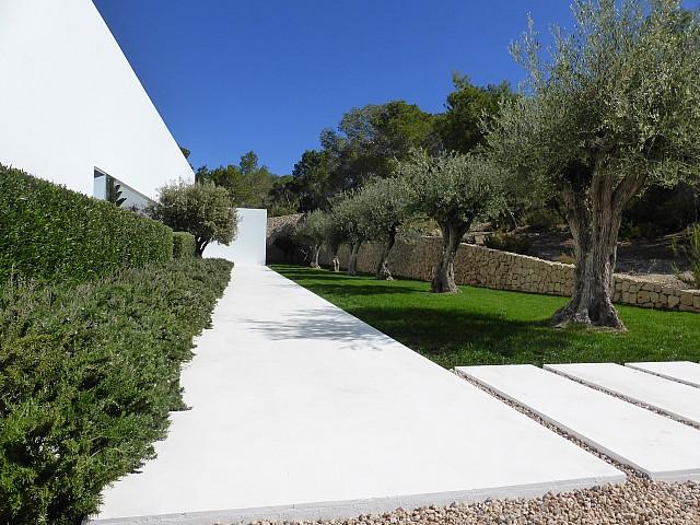 Сад виллы в центре Барселоны