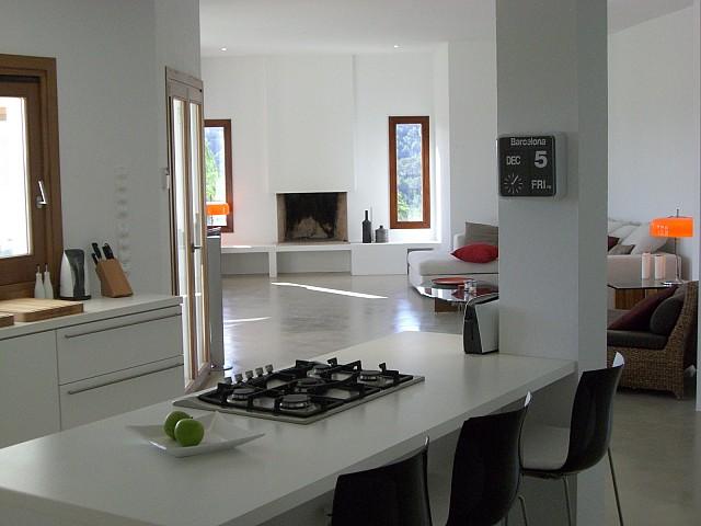 Шикарная гостиная комплекса с 2 виллами в Сан Лоренсо