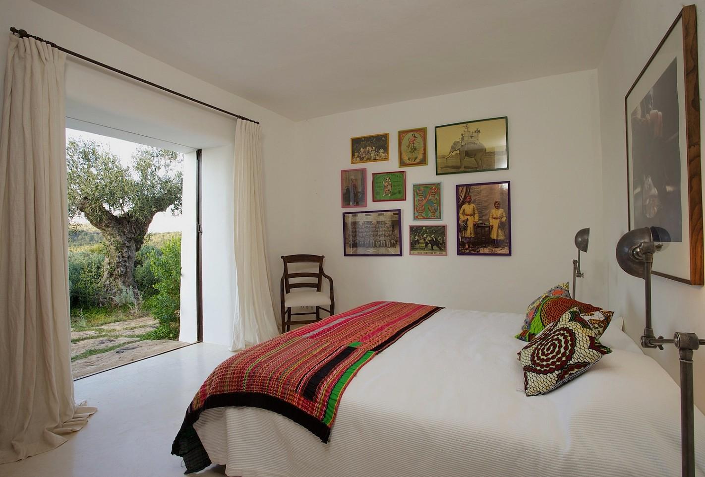 Уютная спальня виллы в Сан Агустин