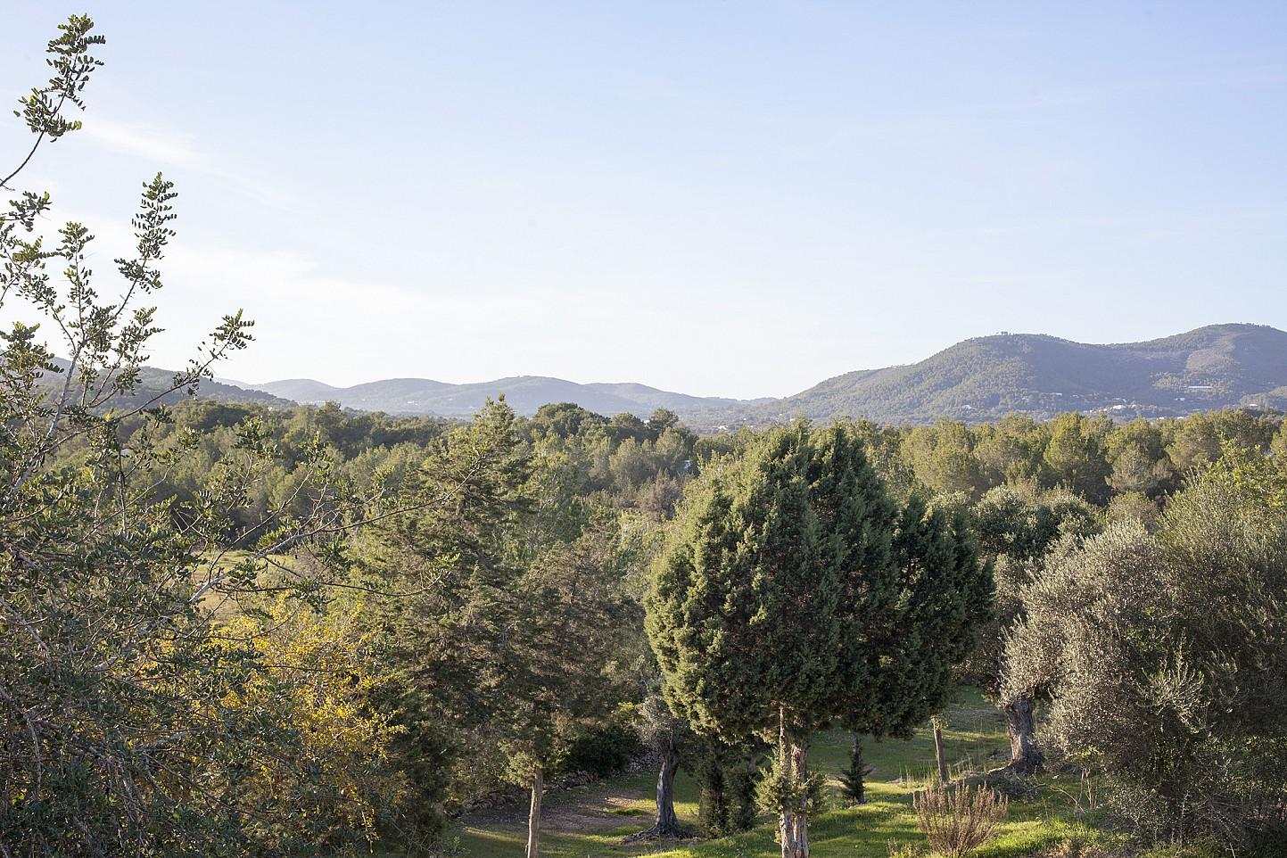 Виды из виллы в Кала Нова