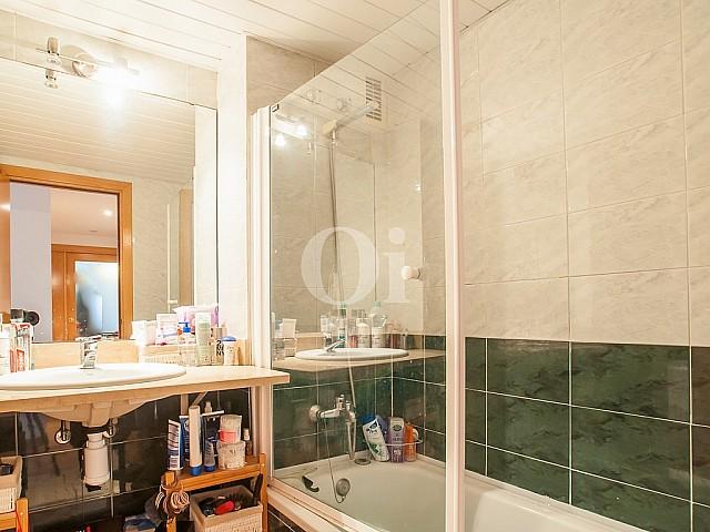 Ванная комната квартиры на продажу в Побленоу