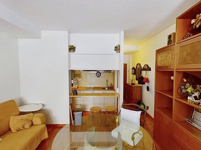 在巴塞羅那休達維拉出售的公寓