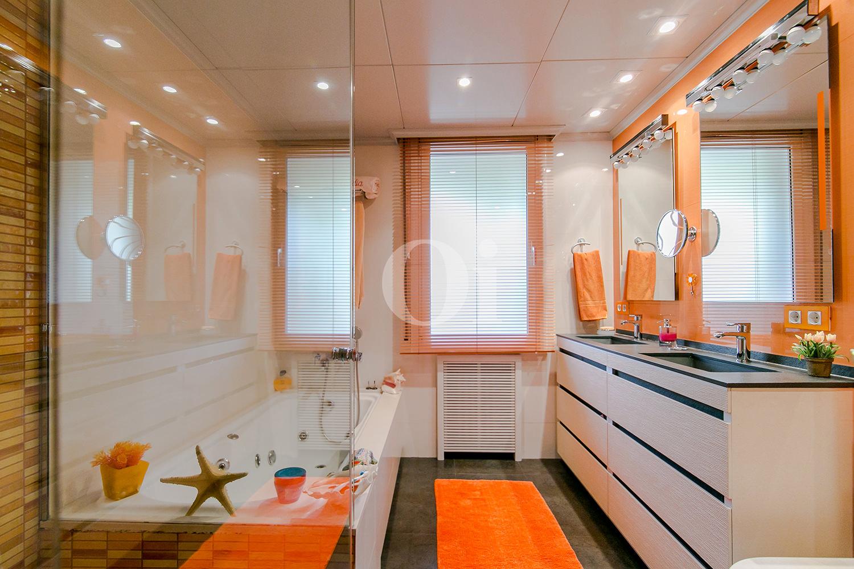 Ванная комната квартиры в Трес Торрес