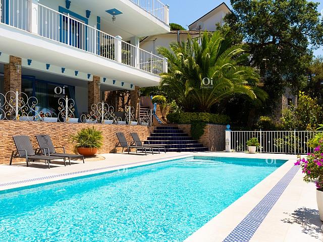 Casa attraente con viste favolose a Lloret de Mar.