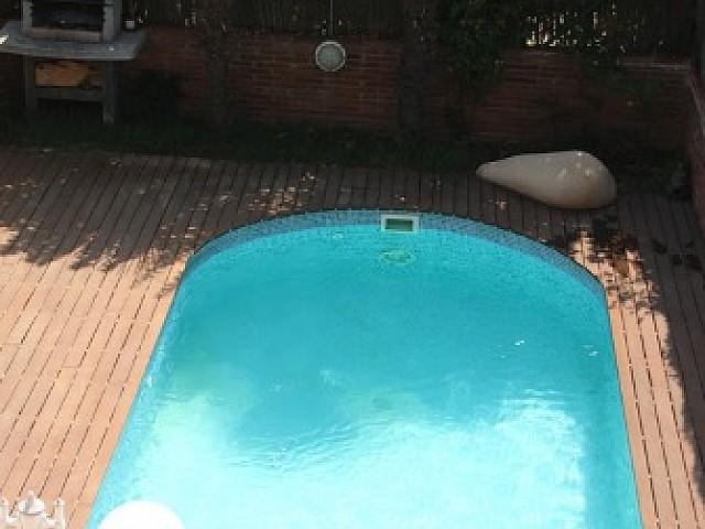 Maison mitoyenne en front de mer avec piscine privée