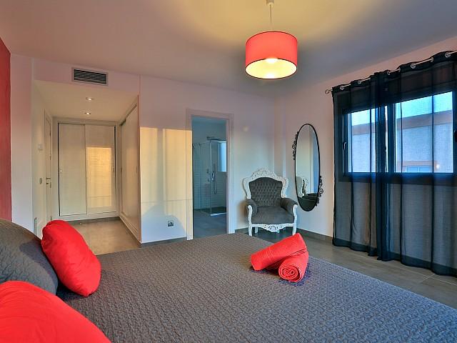 Шикарная спальня виллы в Хесус