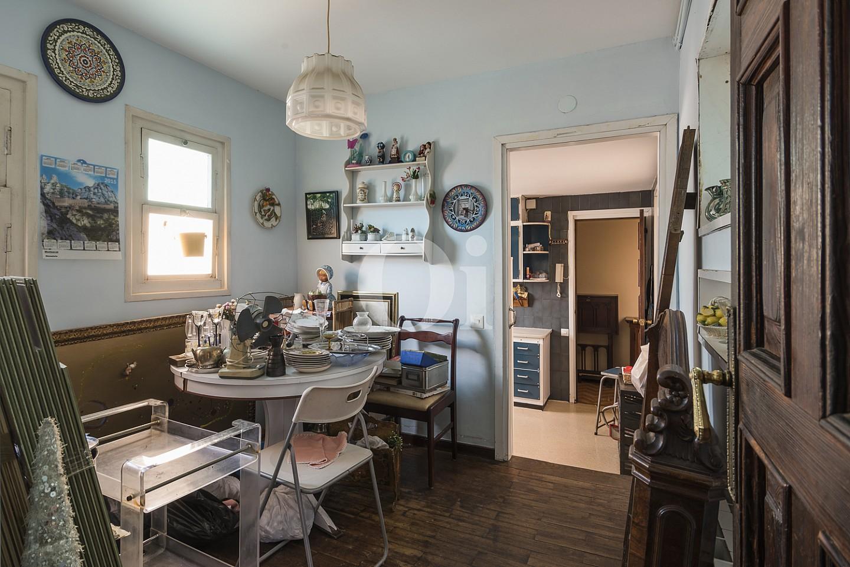 Отдельная кухня пентхауса в Эшампле Дрета