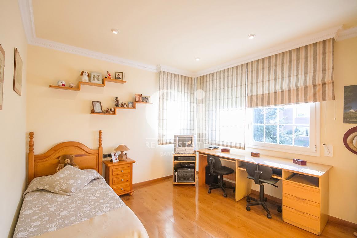 Dormitorio 1 muy espacioso y soleado