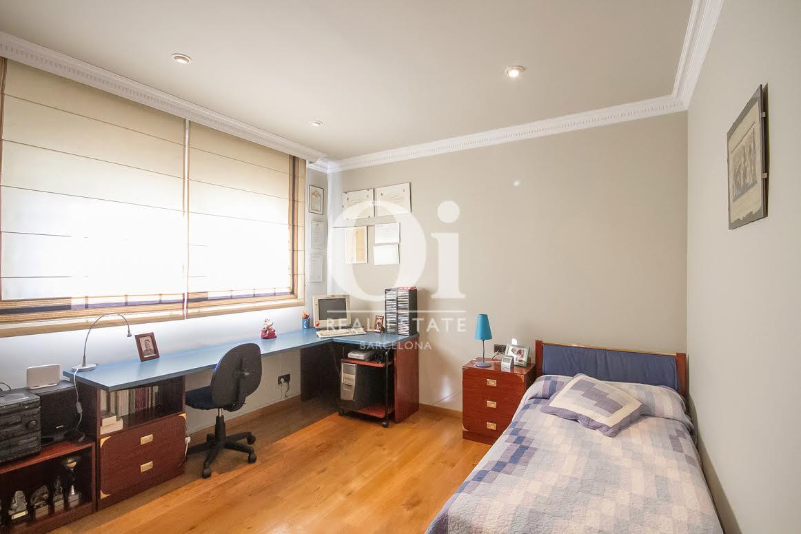 Dormitorio 2 muy soleado