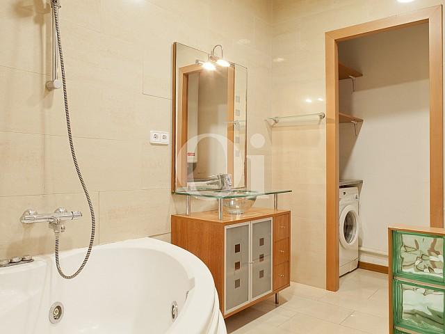 Ванная комната квартиры в Побле Сек