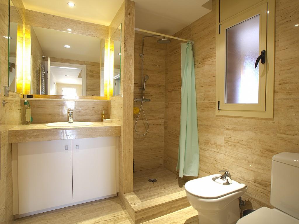 Ванная комната дома в Льорет де Мар