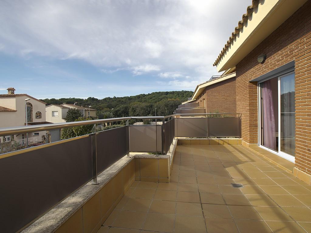 Потрясающая терраса дома в Льорет де Мар