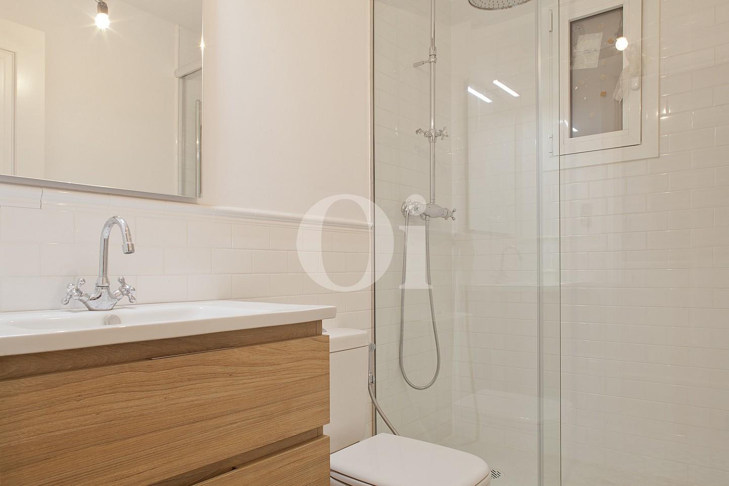 Ванная комната квартиры в Эшампле Дрета