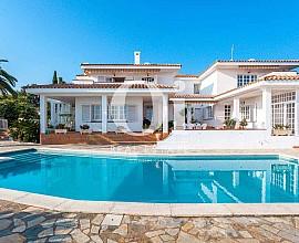 Espectacular villa en venta con impresionantes vistas en Sant Pol de Mar