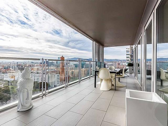 Luxuriöse Küche im luxuriösen Penthouse zum Verkauf in Diagonal Mar