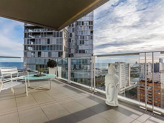 im luxuriösen Penthouse zum Verkauf in Diagonal Mar