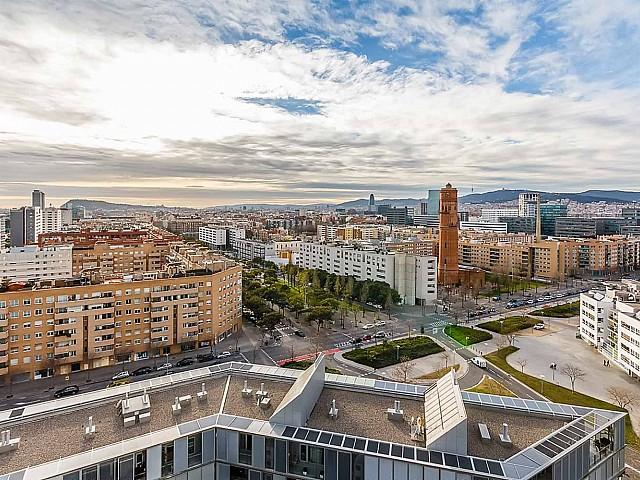 Wunderschöne Aussicht im luxuriösen Penthouse zum Verkauf in Diagonal Mar