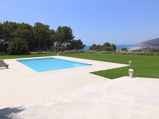 Bellamar Castelldefels的豪华别墅