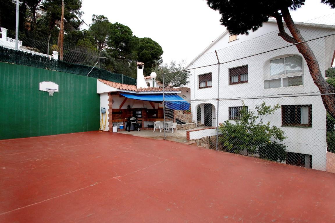Дом на продажу в Льорет де Мар