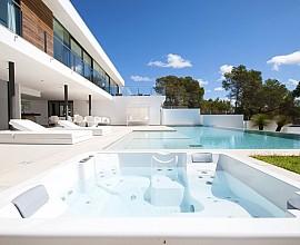 Impressionnante villa dans le lotissement Vista Alegre, Ibiza
