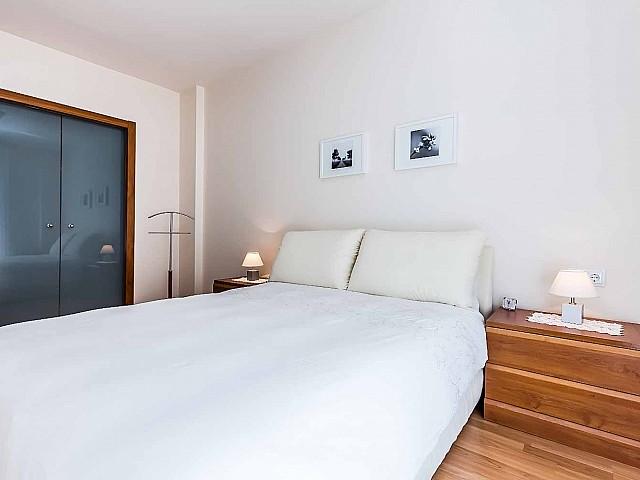 Geräumiges Schlafzimmer Luxus-Küche des fantastischen Penthouse zum Verkauf in der Rambla del Poblenou in Barcelona