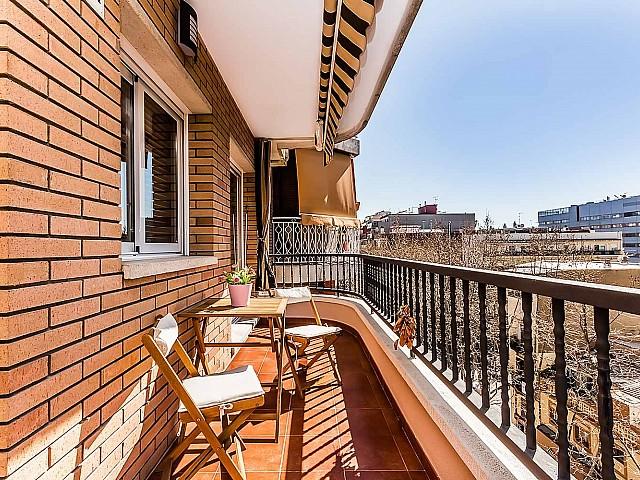 Wunderschöne Terasse des fantastischen Penthouse zum Verkauf in der Rambla del Poblenou in Barcelona