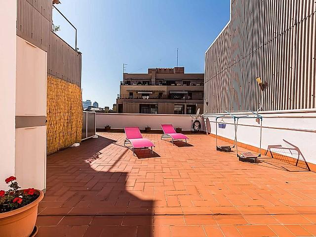 Grande terrasse dans un appartement de luxe en vente à Poblenou à Barcelone