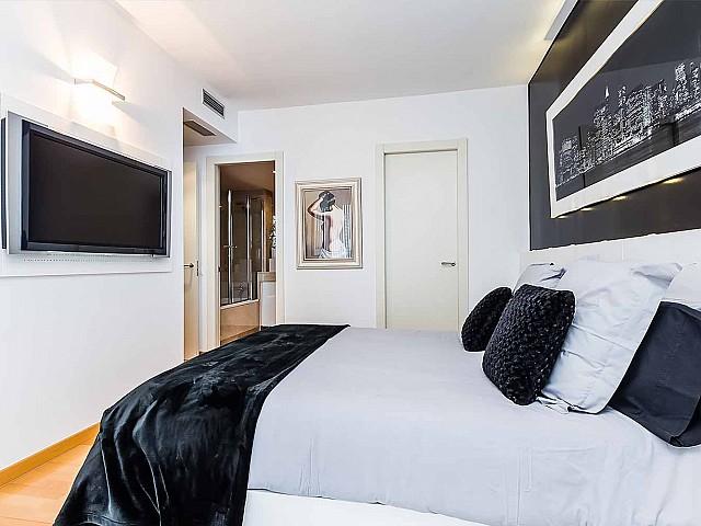 Роскошная-квартира-Диагонал-Мар-Барселона-на-продажу-спальня