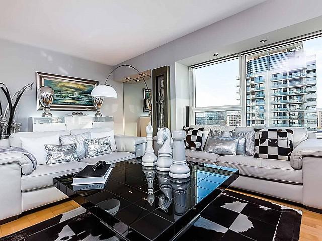 Роскошная-квартира-Диагонал-Мар-Барселона-на-продажу-гостиная