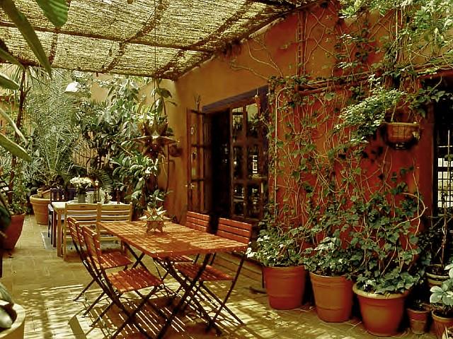 Ancienne usine réhabilitée en atelier artistique en vente dans le Raval, Barcelone
