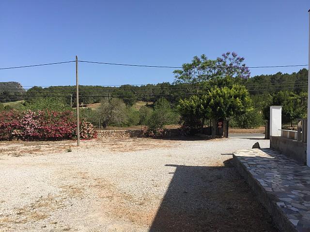 Estupenda casa para reformar cerca del Campo de Golf de Ibiza