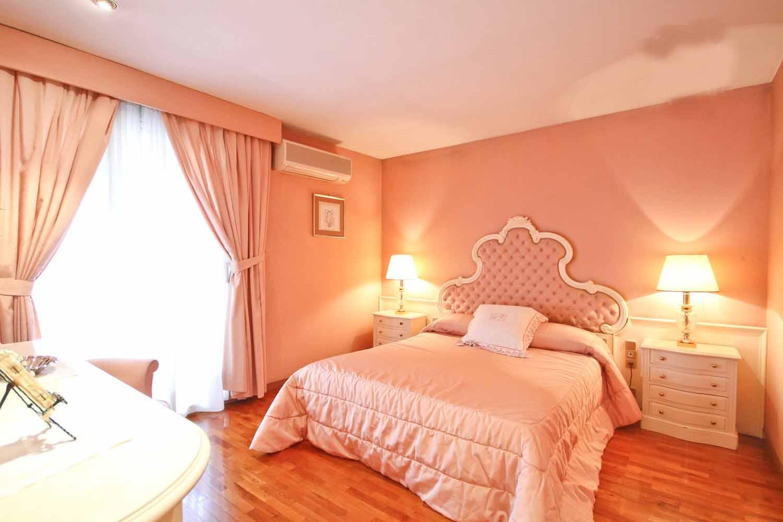 room, bedroom, bright,  double bedroom, bed, window, furniture