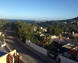 Wunderbare Doppelhaushälfte in der Wohnanlage Cala Vadella, San José