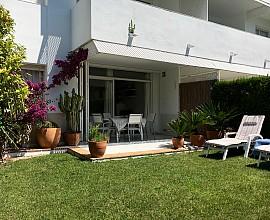 Продаются великолепные апартаменты в Пальс, Коста Брава