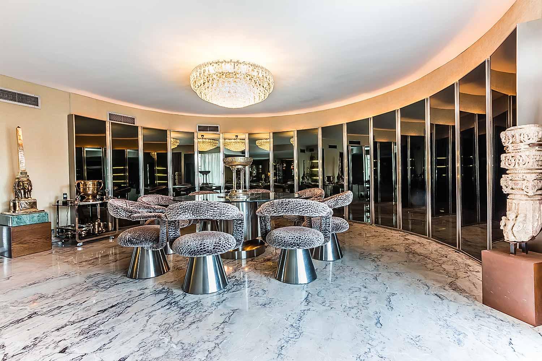 Belle et spacieuse salle à manger dans appartement luxueux en vente à Barcelone salle à manger