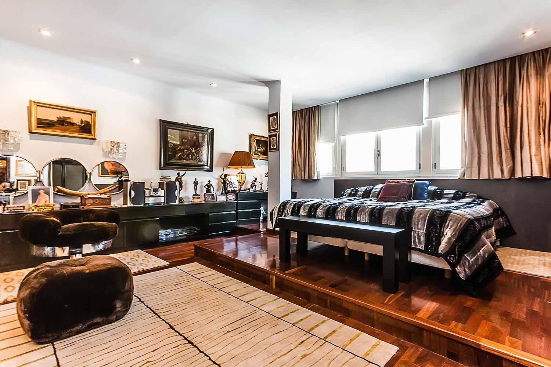 Chambre type suite lumineuse et spacieuse dans appartementluxueux en vente à BArcelone