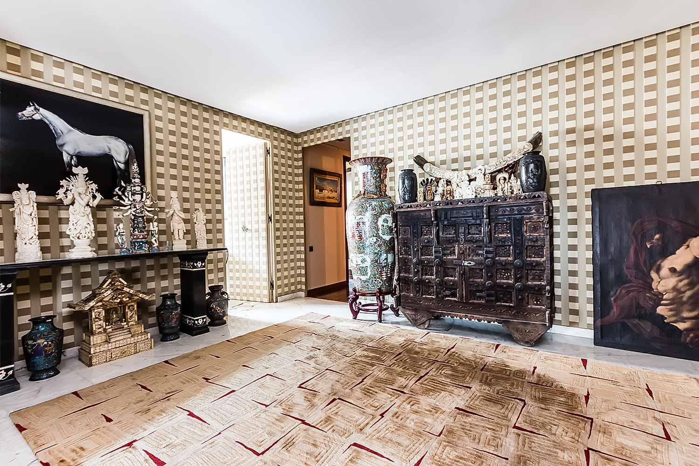 Grande pièce dans appartement luxueux en venteà BArcelone