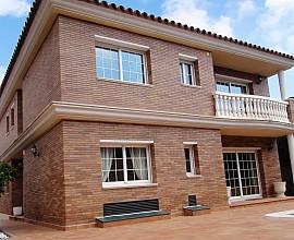 Продается дом с видами на море в Премья де Далт, Коста Маресме