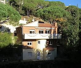 Wunderbares Einfamilienhaus zum Verkauf in Wohnanlage Mascoll, Alella