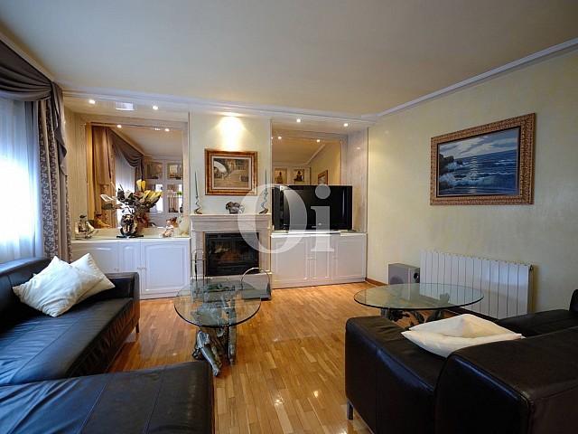 Fantástica casa adosada en venta en el centro de Arenys de Mar, Maresme