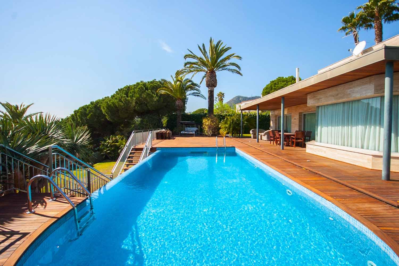 Propiedad casa en venta alto standing Cabrera de Mar Maresme Playa Mar Costa
