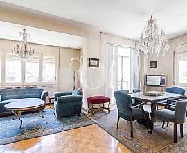 Продается квартира в престижном районе Сант Жервази-Гальвани